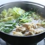串道楽 潤 - とり鍋