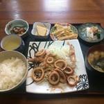 居酒屋てんてこまい - 料理写真:イカ炒め定食