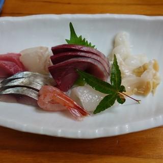 寿司・割烹 万両 - 料理写真: