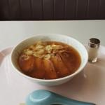 珈琲・中国茶 クイーン - 料理写真:チャーシューメン(680円)