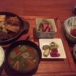 95107912 - B定食1800円猪肉鍋・小鉢・鹿刺し付。