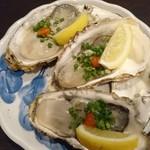 うめ蔵 - 料理写真:生牡蠣