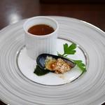 ブラッスリーローリエ - ムール貝のオーブン焼き&県産きのこのロワイヤル
