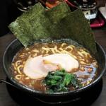 青木商店 - 料理写真:黒ニンニクマー油ら~めん680円