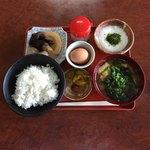 塔尾茶屋 - 料理写真:とろろ定食  ¥850