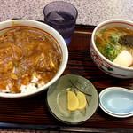 ときわそば - 料理写真:ミニカレー丼と麺