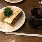 95136338 - カツサンド野菜入り&ブレンドコーヒー