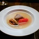 福星 - ☆瀬戸内貝、豚のスペアリブ、人参のスープ