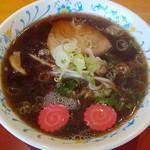 スーパーくまがい - 料理写真:醤油ラーメン