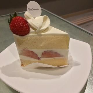 パティシエ・ヒロ ヤマモト - 料理写真:ショートケーキ