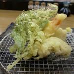 95143313 - 海老、鱧、鱈の白子、長野県ナス、おかひじき、インゲン 天ぷら