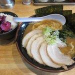 麺や 笑味寿 - 醤油ラーメン&トッピングチャーシュー+ライス(ランチタイムサービス)2018.10.18