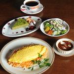 ポップズ カフェ - 料理写真:ふわふわ卵のオムライスセット