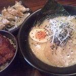 9515096 - [2011/09/11]白旨,ソースカツ丼,餃子