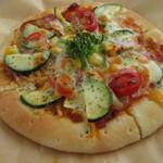 95153505 - ズッキーニのピザ