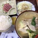 やんばる食堂 - 料理写真:ソーキ汁定食880円
