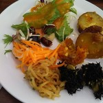 Fesutagaden - サラダ系