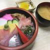 直寿司 - 料理写真:ランチ ちらし丼(650円)