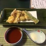 まつ葉 - 野菜と果物の天ぷら