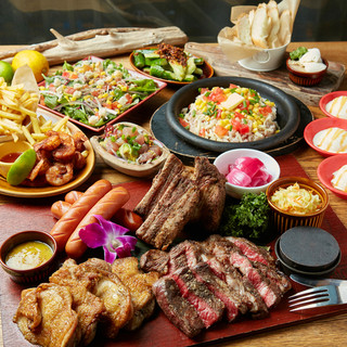 ビーフステーキやスペアリブが楽しめるミートコンボプラン!