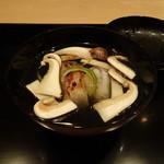 祇園 淺田屋 - 椀 ぐじと萩しんじょう、そして松茸