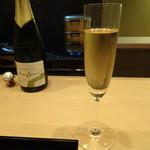 祇園 淺田屋 - グラスでシャンパン(MARY・SESSILE