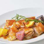 ミア ボッカ - 若鶏のソテー小悪魔風 北海道産カラフルポテト添え