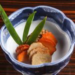 秋田の味 いぶりがっこ二種盛り