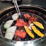 95200657 - [料理] 焼肉 & 焼き野菜 ①