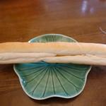 ジャック  - ピッコロ(172円):人気№1のソフトフランスパン