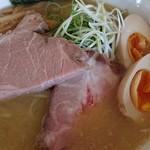 竹麺亭 - 鶏白湯ラーメン+味タマ♪