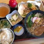 藤弘 - 料理写真:狸そば定食(950円)
