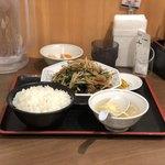 福しん - レバニラ定食