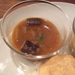 山食音 - サンバル、野菜カレー