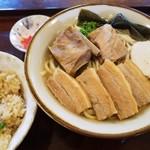 沖縄食堂 きたやま - 料理写真:きたやまそば、じゅーしぃー