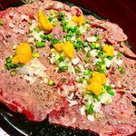 金山肉割烹 肉の権之助 - 炙りとろにくのレッドカーペット(うに)