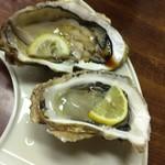 魚繁 - 生牡蠣