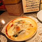 プチ デコ - ホワイトアスパラと半熟卵のチーズグラタン