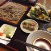 そば屋 さいとう - 料理写真:天そばA(季節の野菜)全景