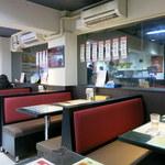 香港 贊記茶餐廳 - 店内2