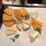 95235238 - チーズ盛り合わせ