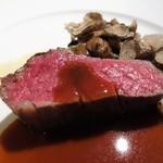 95235980 - 黒毛和牛フィレ肉のポワレ マルサラ酒薫るソース なめらかなじゃがいものピュレ