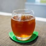 ショコラトリー・パティスリー ソリリテ - ☆冷んやり紅茶(*^^)v☆