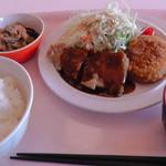 95242559 - C定食(チキンソテーとコロッケ)750円