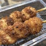 五平餅 はっちゃん - 料理写真:五平餅1本100円