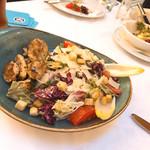 95257963 - シーザーサラダ的な菜っ葉。