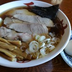 旅館 琴平荘 中華そば処 - チャーシュー麺 850円 煮玉子 100円