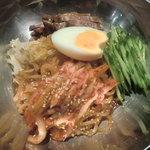 ジュジュハット - ビビン麺:1000円