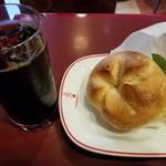 カフェ・ベローチェ - モーニングセットB(アイスコーヒー)(420円)
