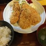 95263480 - 『牡蠣+鯵フライ定食』
